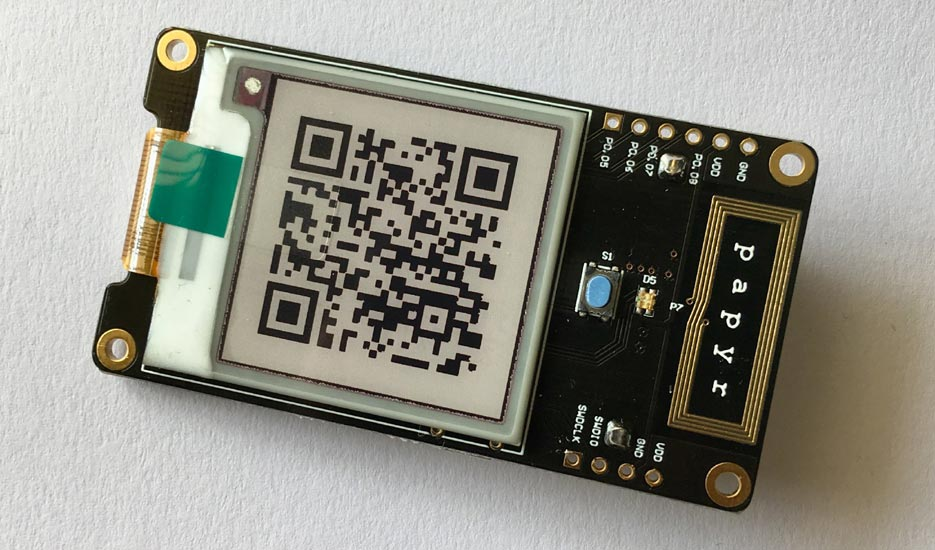 Papyr Epaper Display IOTA QR Code